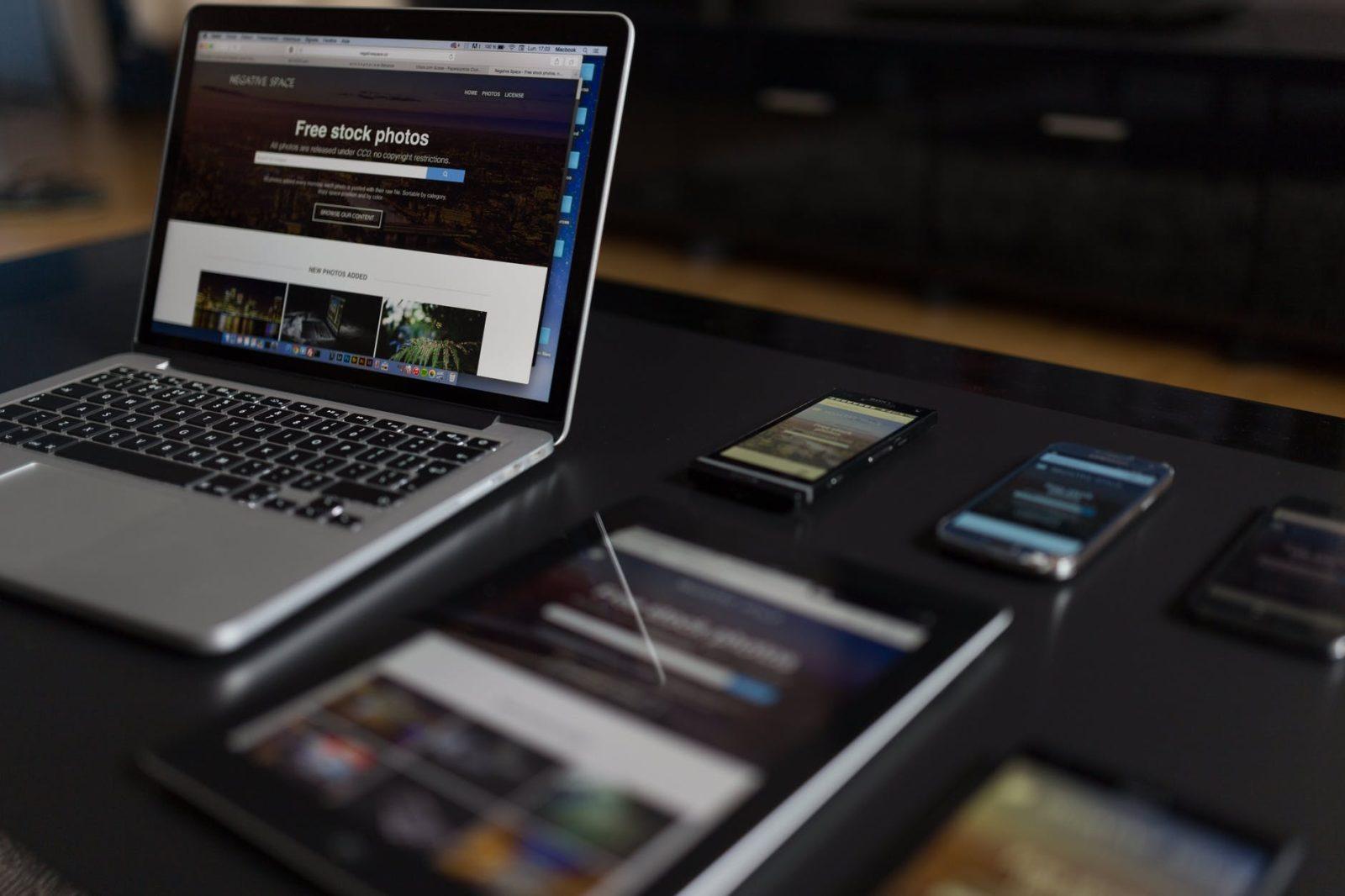 30 אתרים שאפשר להרוויח מהם (הרבה) כסף