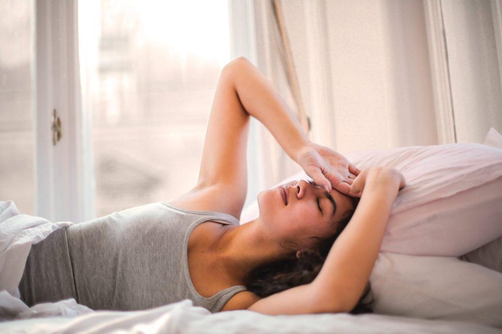 איך לישון רצוף בלילה