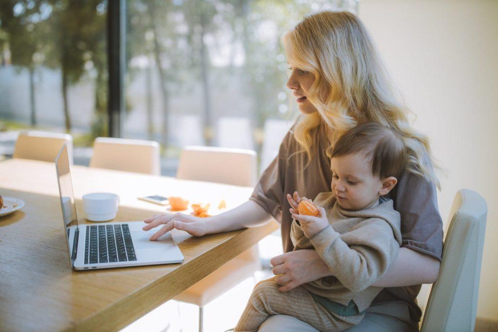 רוצות ללמוד איך לעשות כסף באינטרנט ? רעיונות לעסקים מהבית לנשים