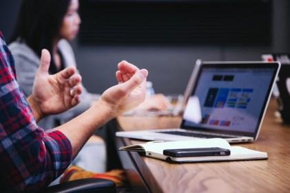 4 אסטרטגיות יעילות לצמיחה וקידום עסקים שלא לומדים בבית ספר למנהל עסקים