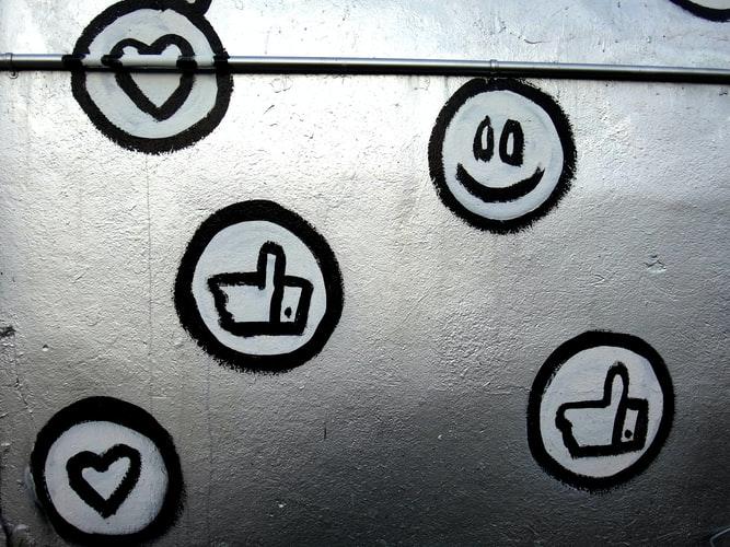 מודעות טוויטר או פייסבוק? איפה עדיף לפרסם את העסק בתשלום