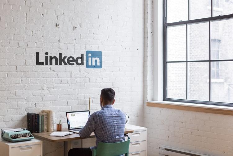 מה זה האשטאג לעסקים (תגיות) ב- לינקדאין ? ואיך לעשות זאת - linkedin
