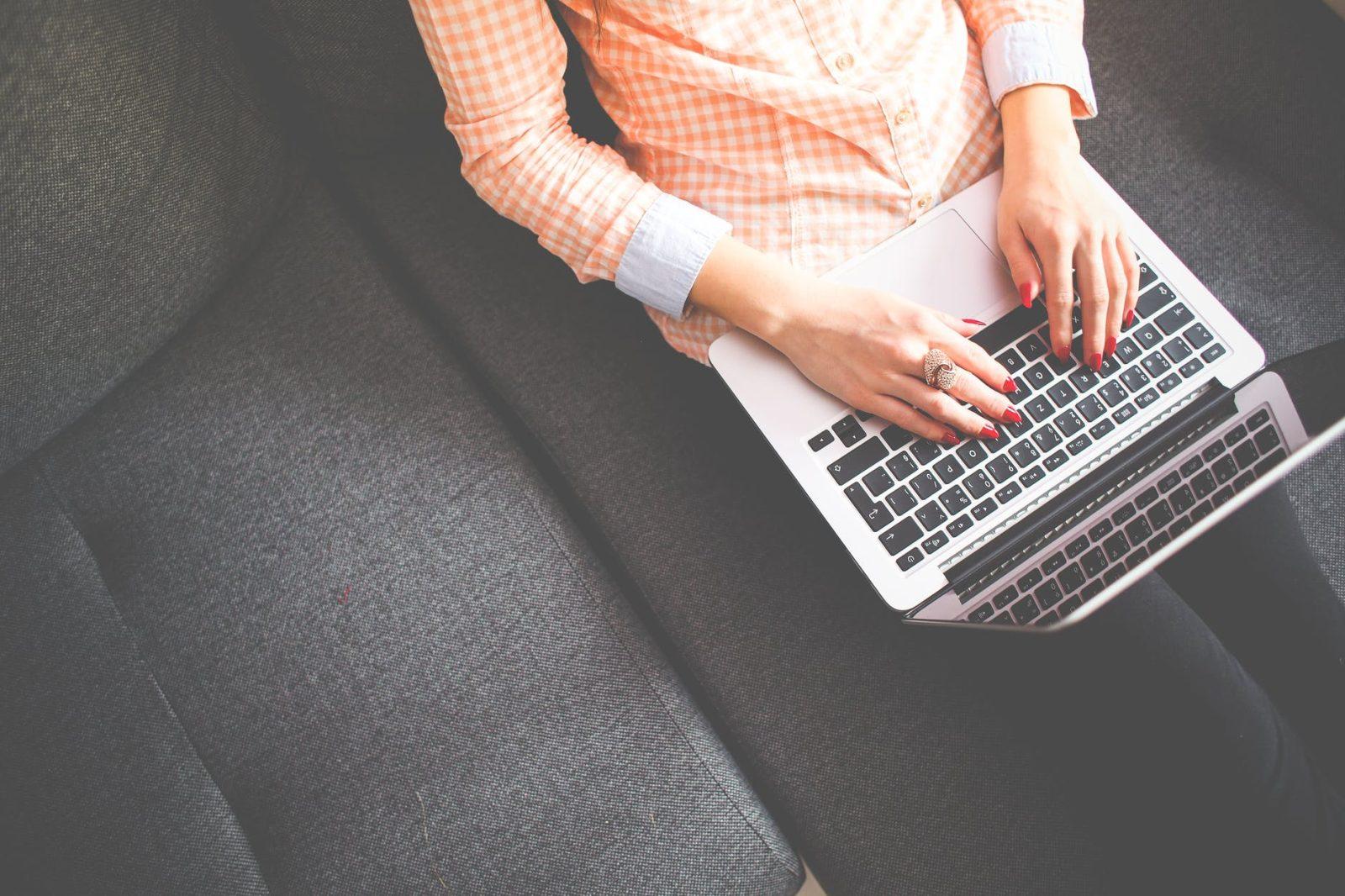 5 טיפים למקורות הכנסה: איך לייצר הכנסה נוספת מהבלוג שלכם